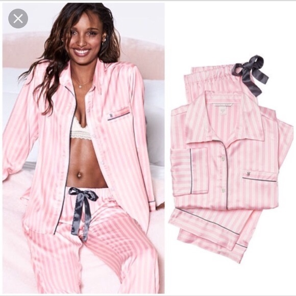 5348d22aa8e Pajama SET 💖 Victoria Secret The Afterhours Satin
